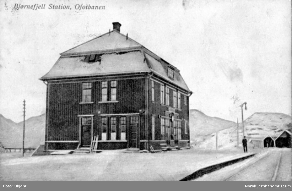 Stasjonsbygningen på gamle Bjørnfjell
