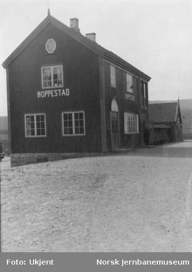 Hoppestad stasjonsbygning