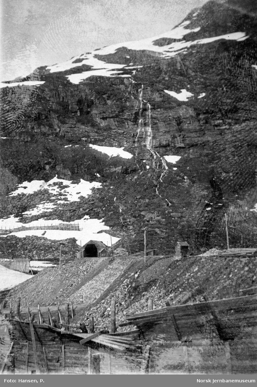 Sporet mot Gravehalsen tunnel fra Myrdal